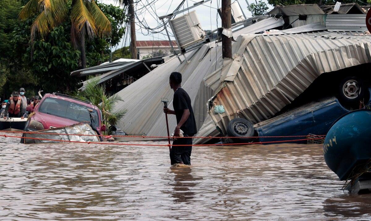 Honduras pide ayuda urgente en Washington tras huracanes