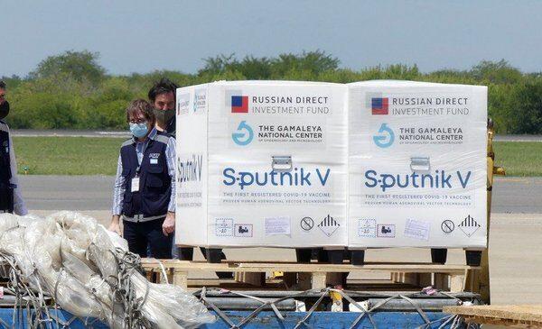 La ANMAT aprobó el uso de la Sputnik V en mayores de 60: la letra chica del reporte