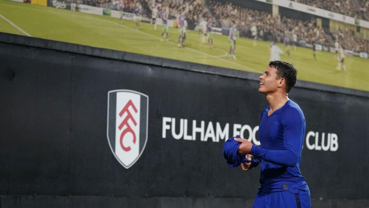 El ingenuo gesto de Thiago Silva que la Premier League tiene prohibido y que le puede costar caro