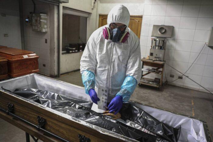 Chile registra cifra más alta de contagios COVID-19 en los últimos meses