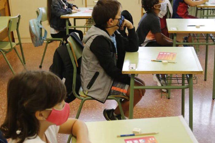 La Fiscalía se querella contra unos padres asturianos que no llevan a sus hijos al colegio por miedo al covid 19