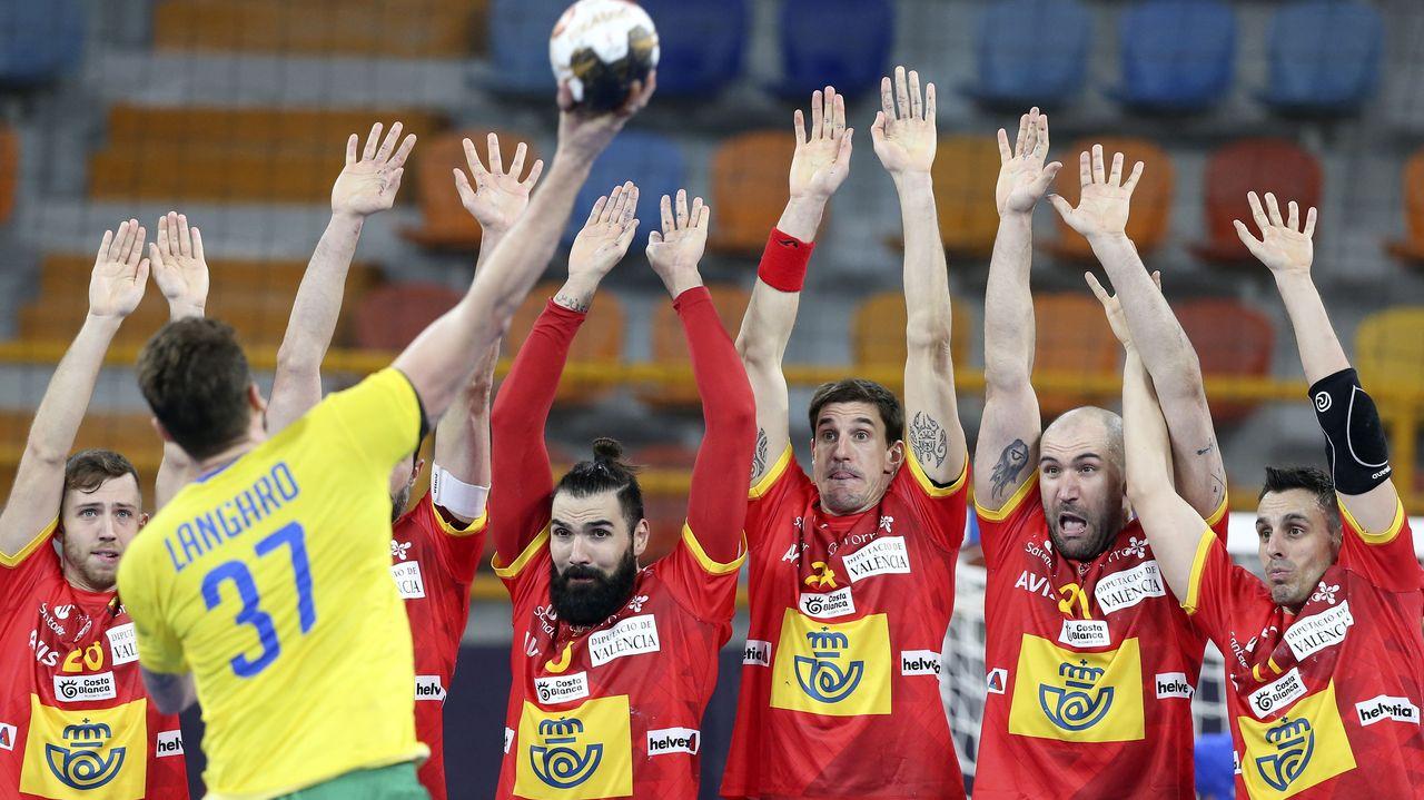 España rescata un punto en su debut en el Mundial ante una combativa Brasil