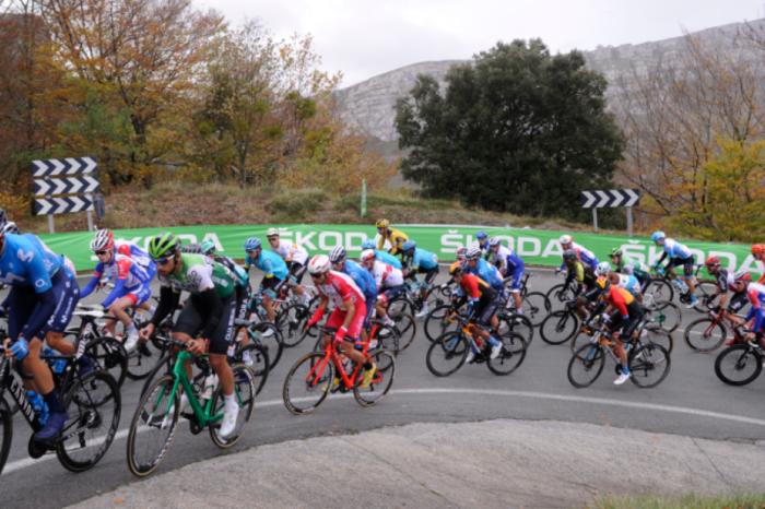 El COVID-19 golpea al ciclismo: se siguen cancelando y aplazando carreras