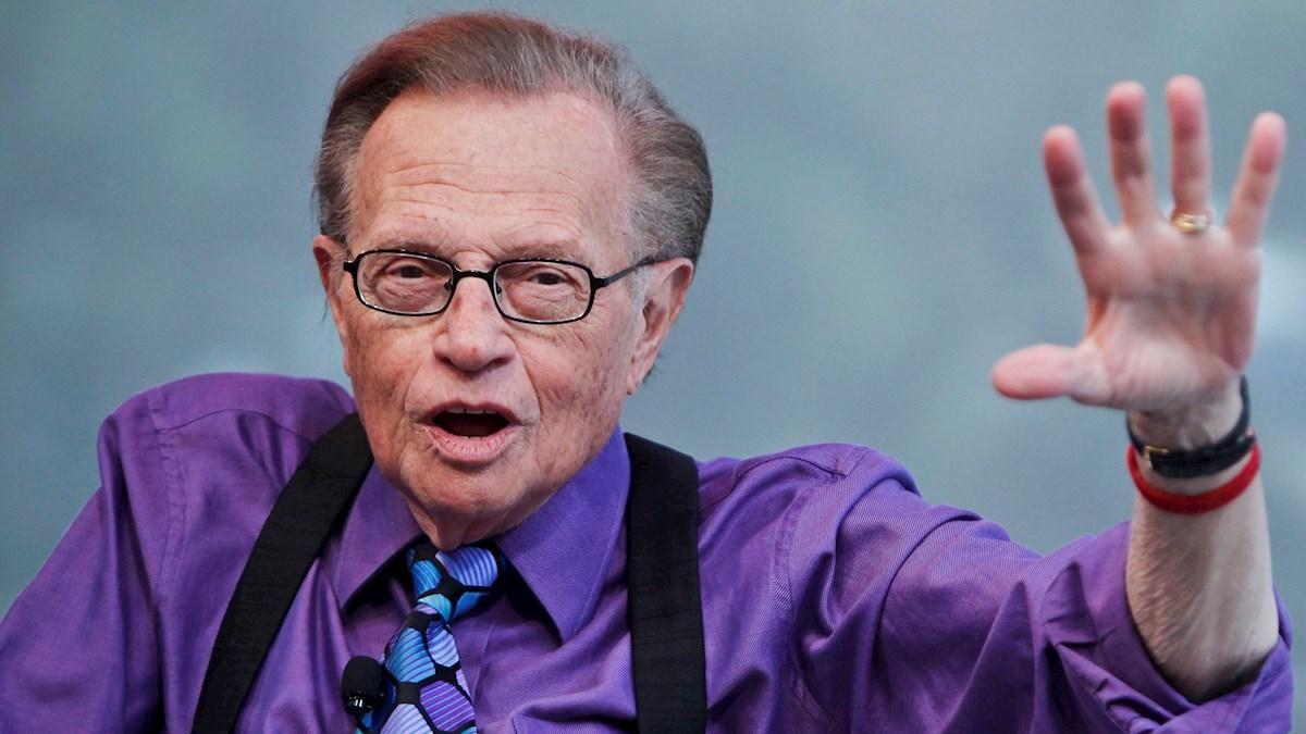La mujer de Larry King revela la causa de la muerte del legendario presentador