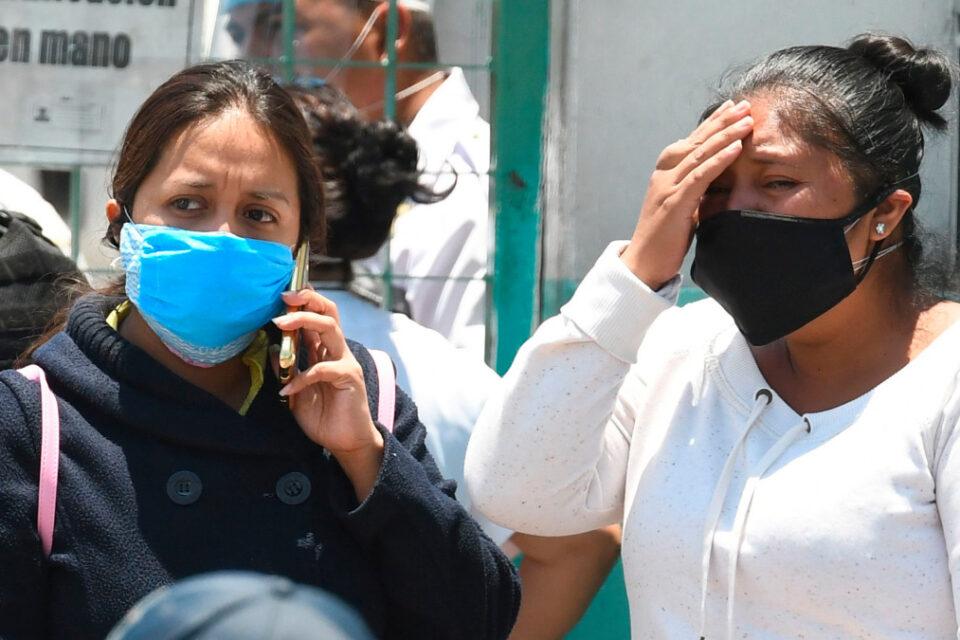 Ciudad de México sigue en alerta, pero prepara apertura cautelosa de negocios