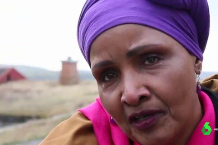 """La dura historia de Safi, víctima de la mutilación genital femenina: """"Fue mi madre con una cuchilla de afeitar y sin anestesia"""""""