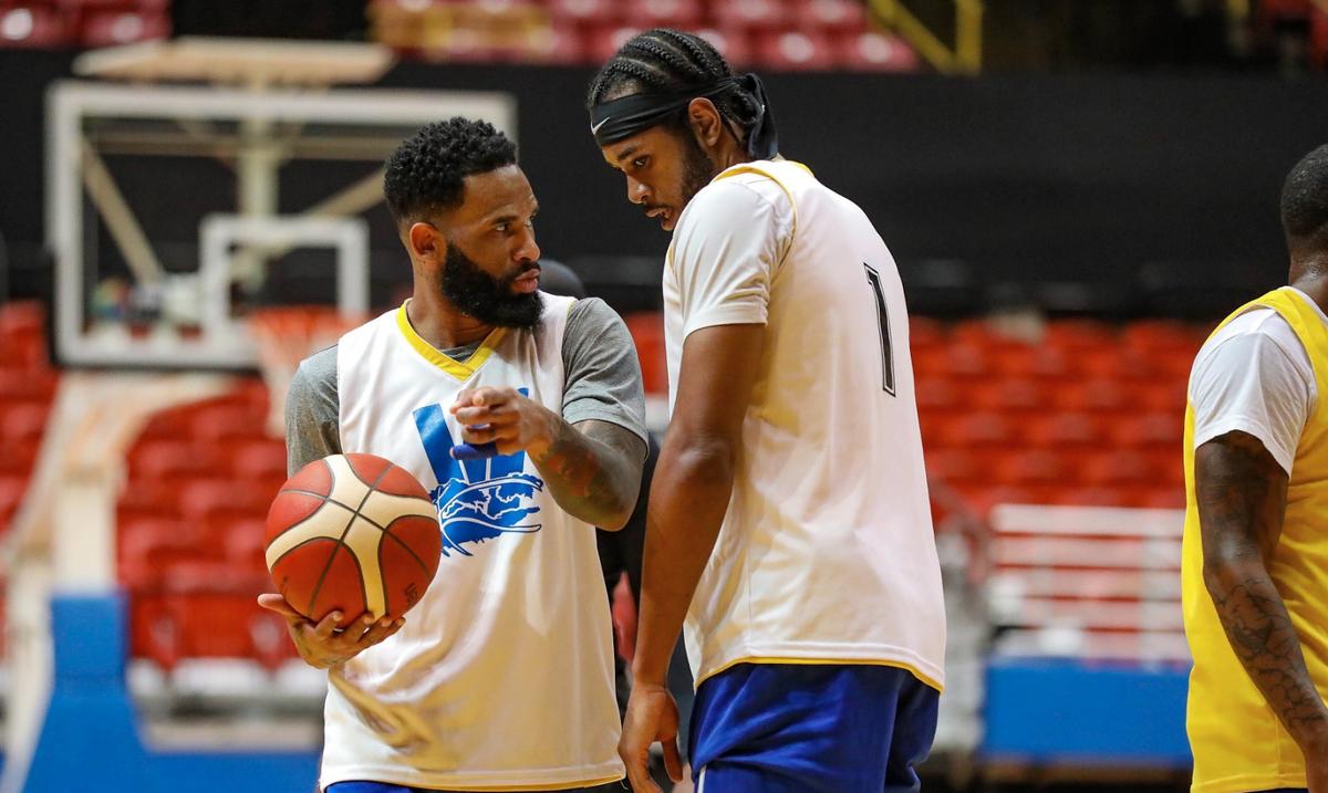 Walter Hodge y Anthony Bennett activos en el inicio de la ventana de FIBA en Puerto Rico