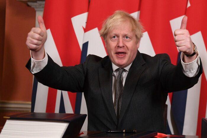 Premier británico Boris Johnson insta al G7 a unirse en la lucha contra el COVID-19