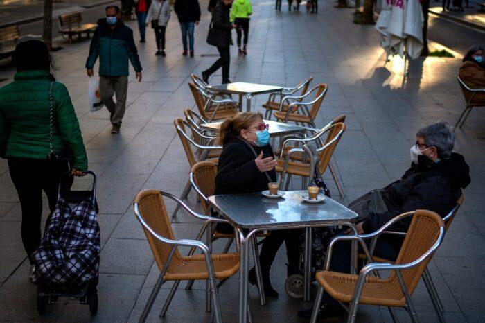 España registra 30,000 casos positivos de COVID-19 y 432 muertes más en 24 horas