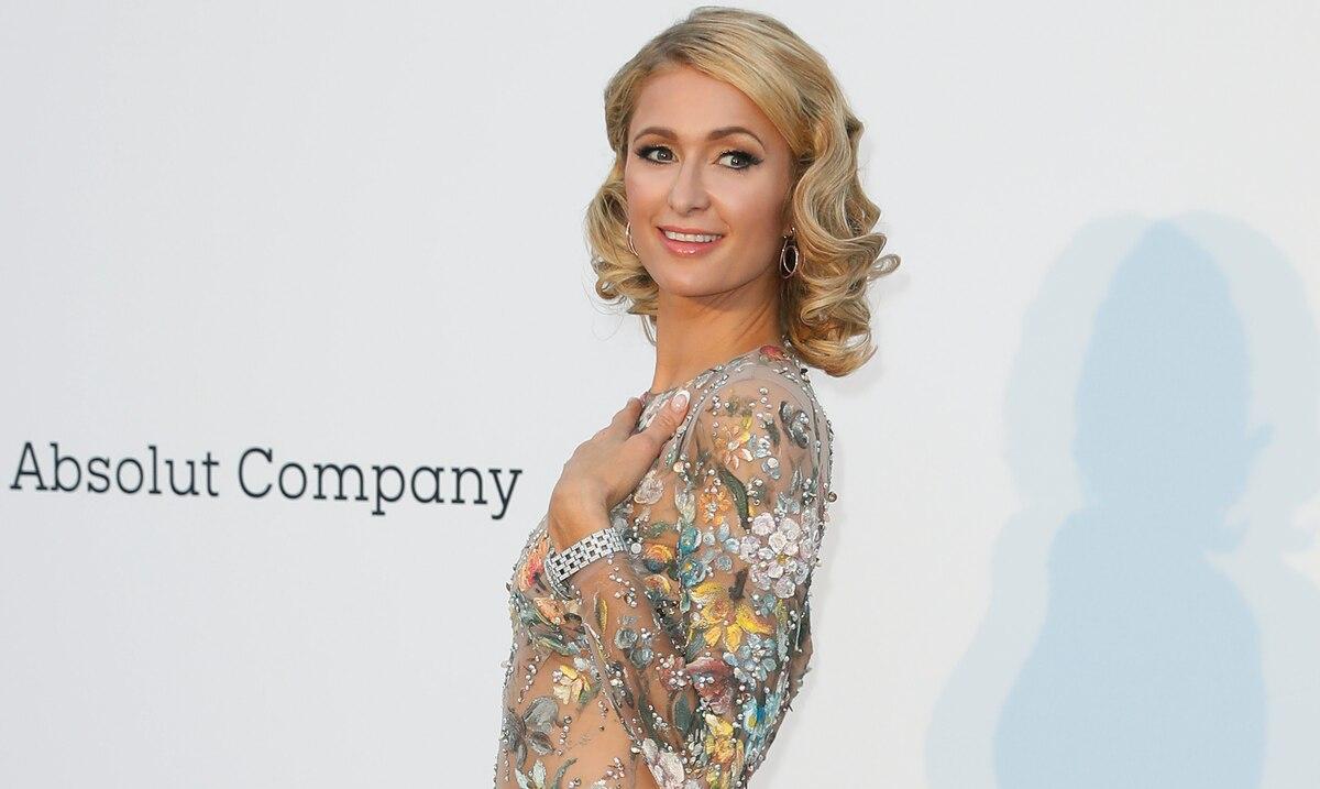 Paris Hilton anuncia su compromiso con Carter Reum en su 40 cumpleaños