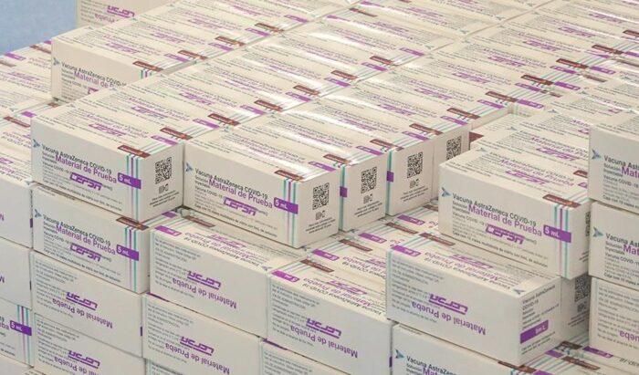 Alberto Fernández visitó el laboratorio mexicano que produce junto a otro argentino la vacuna de Oxford-AstraZeneca para la región
