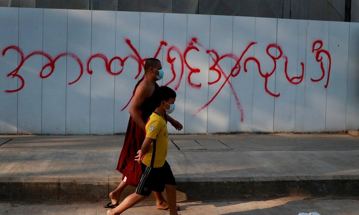 El gobierno golpista de Birmania bloquea el acceso a Facebook