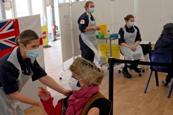 La gestión de las vacunas dinamita la credibilidad de Von der Leyen