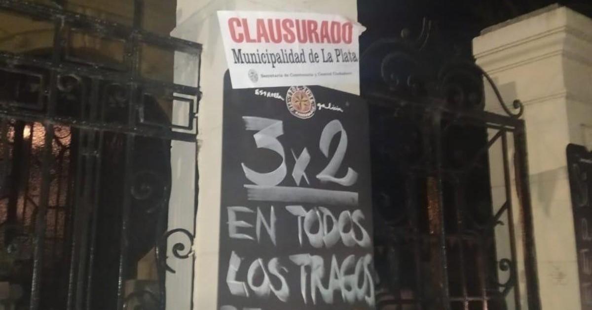 La Plata: clausuraron dos bares y desbarataron una fiesta clandestina en un edificio