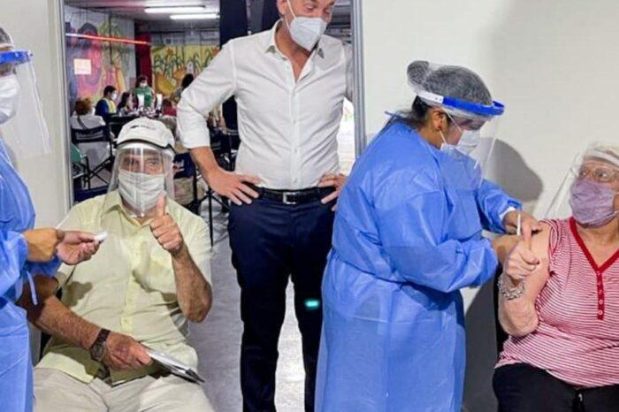 """Diego Santilli a quienes acusan al gobierno porteño de privatizar la vacunación: """"Dejen de politizar y pónganse a trabajar"""""""
