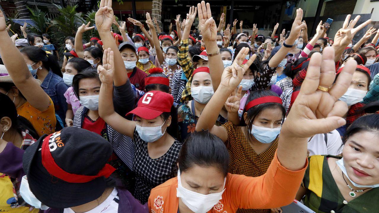 BirmaniabloqueaInternet para frenar las masivas protestas pacíficas