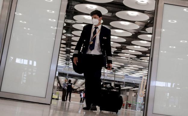 España impondrá una cuarentena a los viajeros de Sudáfrica y Brasil