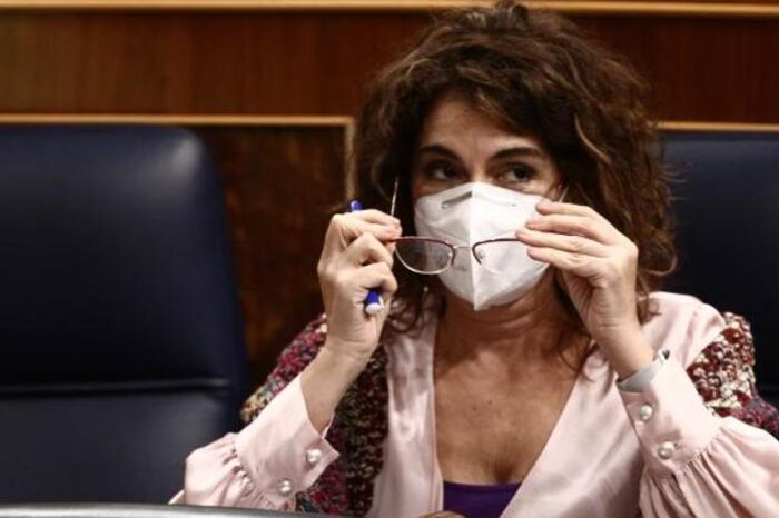 El Gobierno trata de frenar las prisas de Madrid por desescalar