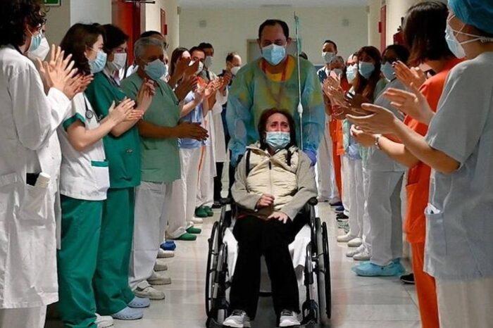 Los datos de Sanidad confirman la tendencia a la baja de la pandemia