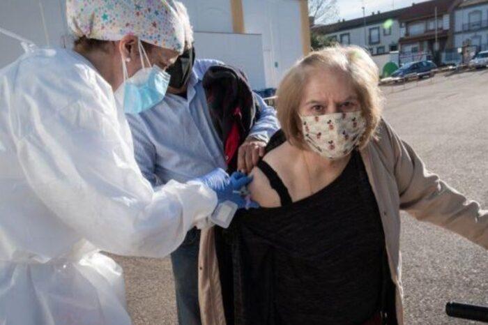 Coronavirus y vacunación: paso a paso, cómo sacar turno en Ciudad