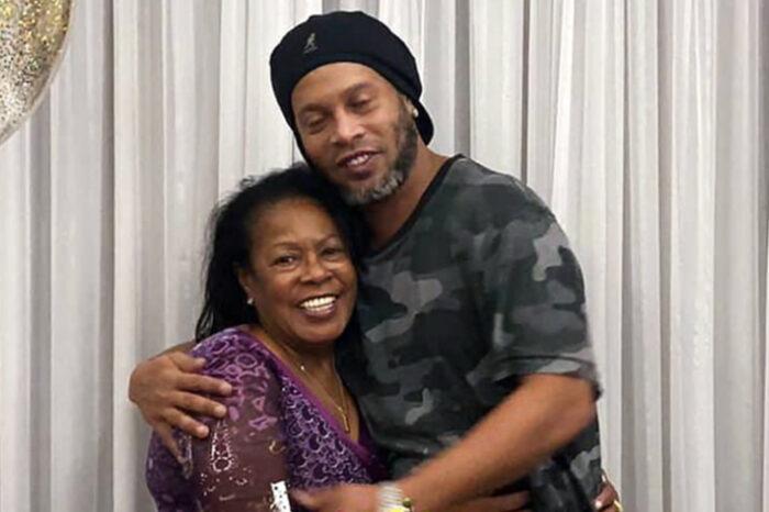 Ronaldinho pierde a su madre por el coronavirus; la mujer murió a los 71 años