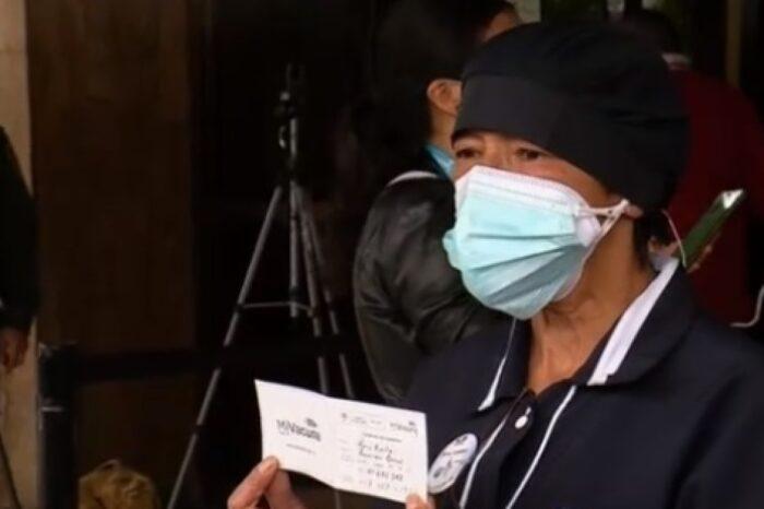Aseadora del Hospital Central de la Policía, entre las primeras vacunadas contra el COVID