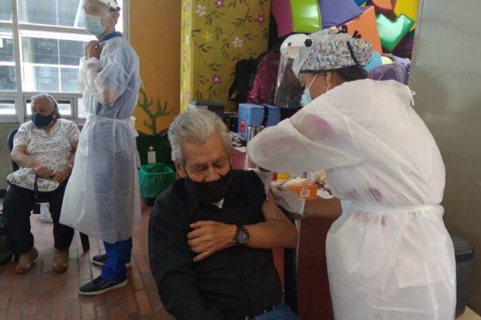 Colombia llegó al millón de vacunados contra el COVID-19