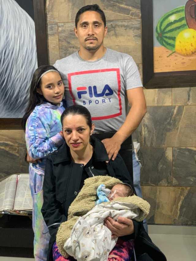 Una mamá y su bebé triunfaron en la UCI, caso en la Clínica Versalles de Manizales