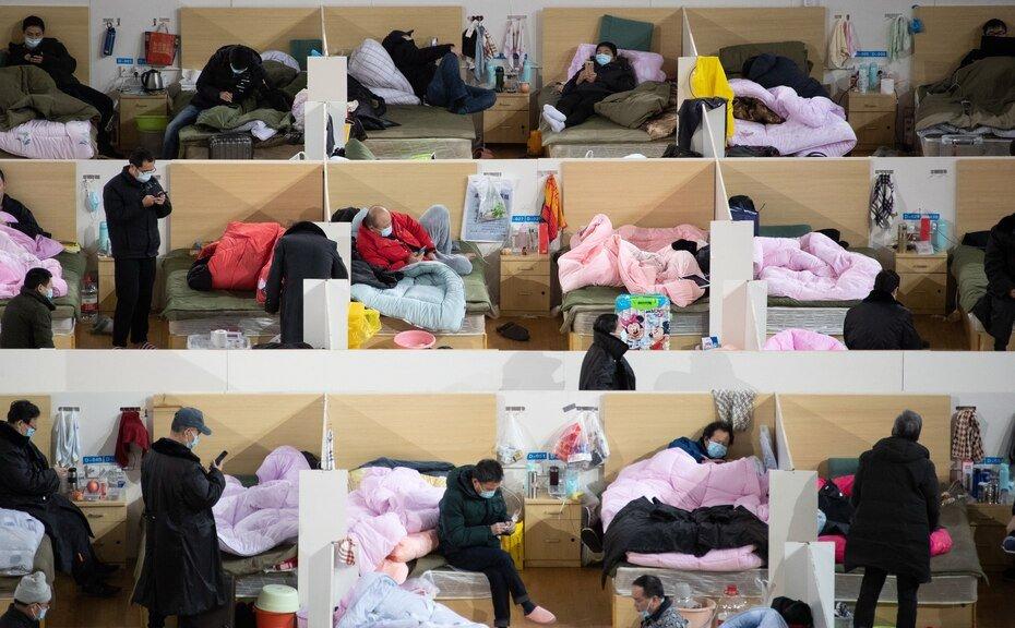 Foto del 19 de febrero de 2020 de hospital en Wuhan, China. La enfermedad causada por el nuevo coronavirus (SARS-CoV-2) ha sido oficialmente nombrada COVID-19 por la Organización Mundial de la Salud (OMS). El brote, que se originó en la ciudad china de Wuhan, ha matado hasta ahora a más de 2,000 personas con más de 75,000 infectadas en todo el mundo, principalmente en China.
