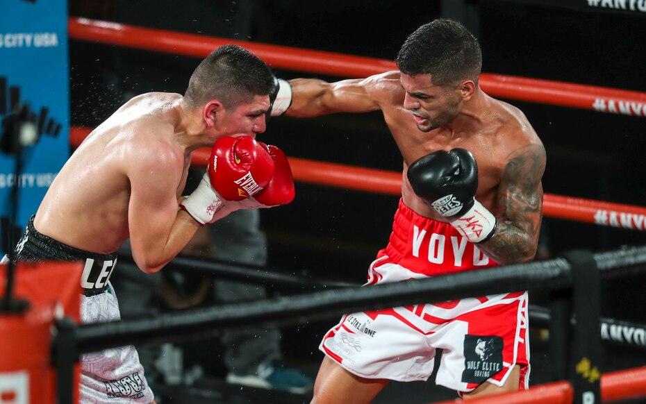 En otra de las peleas preliminares de la velada, el boricua Carlos
