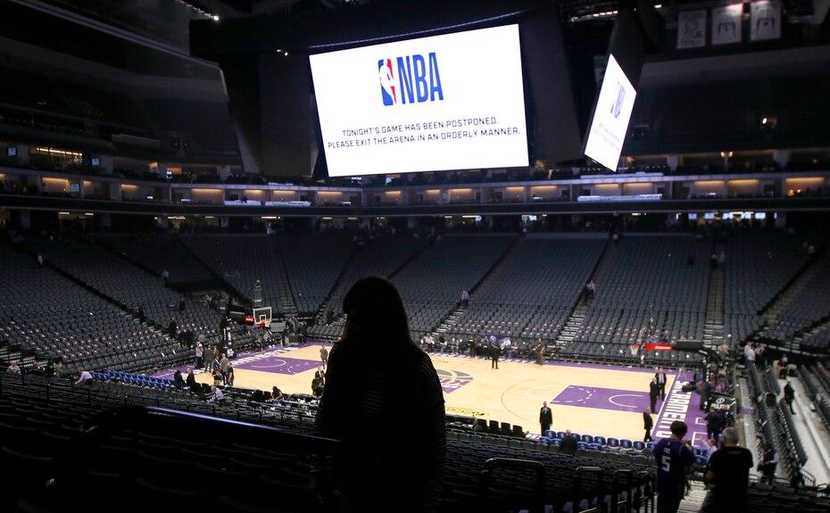 El 11 de marzo de 2020 la NBA suspendió el partido entre los Pelicans de Nueva Orleans y los Kings de Sacramento de último momento ante el brote de coronavirus, en Sacramento, California.