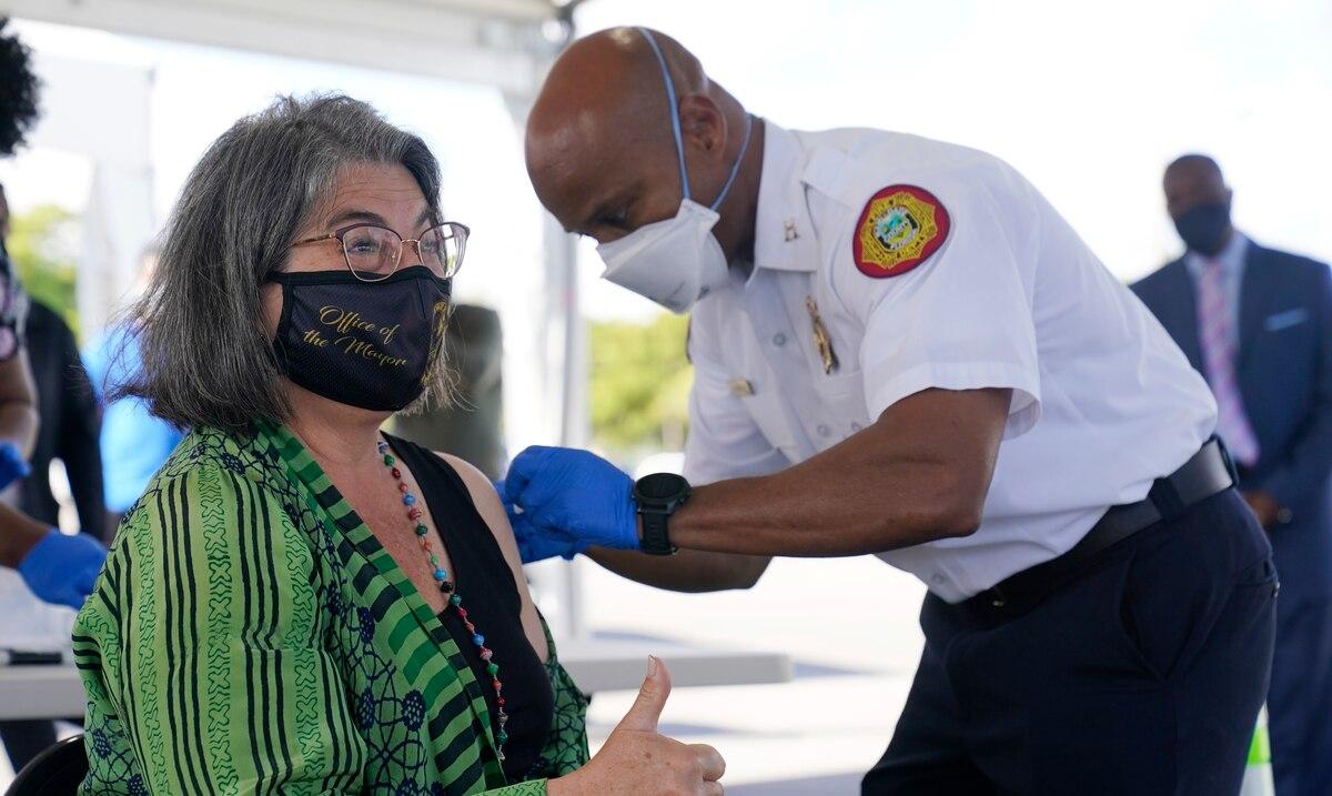Estados Unidos distribuirá esta semana 27 millones de vacunas coronavirus