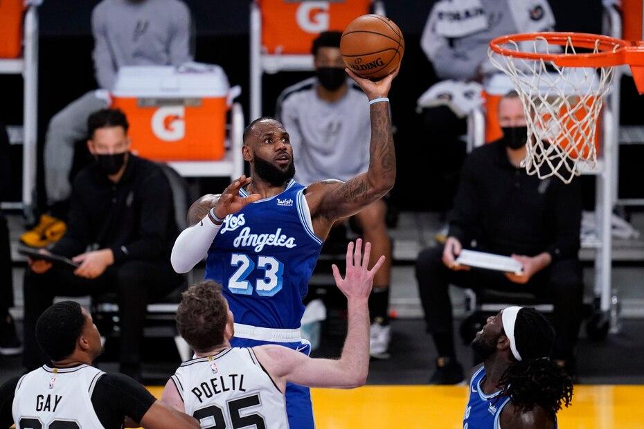 A sus 36 años, LeBron James sigue siendo uno de los mejores jugadores en la NBA. Su durabilidad apunta que jugará a un alto nivel cuando arribe a los 40.