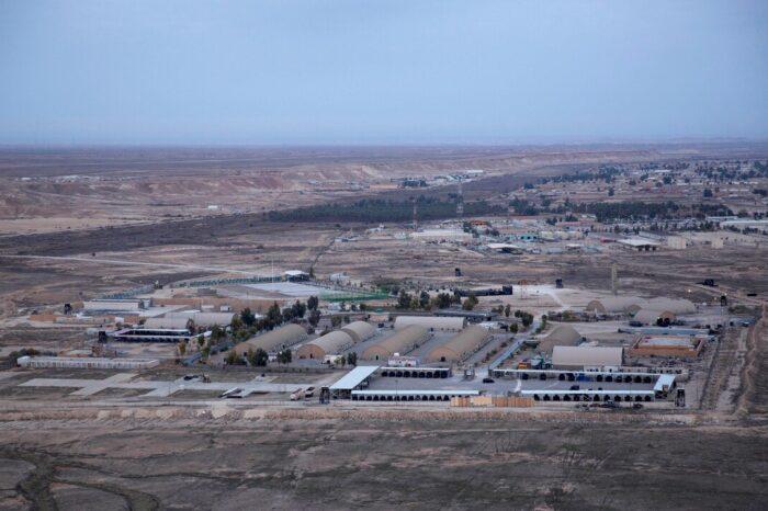 Contratista de Estados Unidos muere en ataque contra una base en Irak