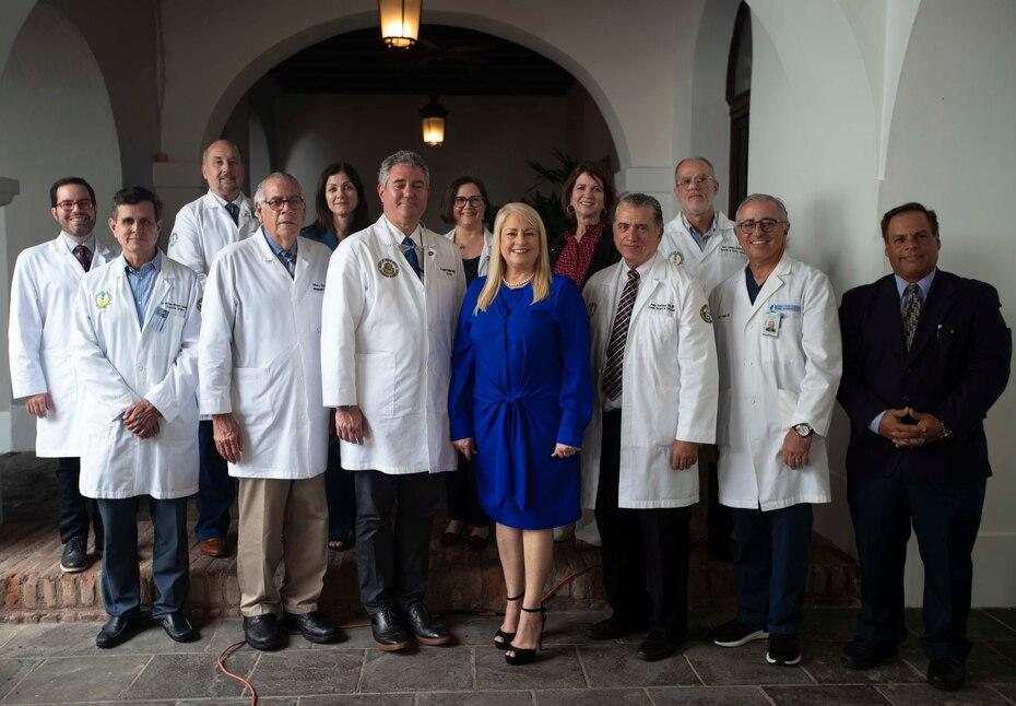 La gobernadora Wanda Vázquez Garced estableció un grupo de trabajo, el task force médico, para examinar los potenciales casos de coronavirus en Puerto Rico.