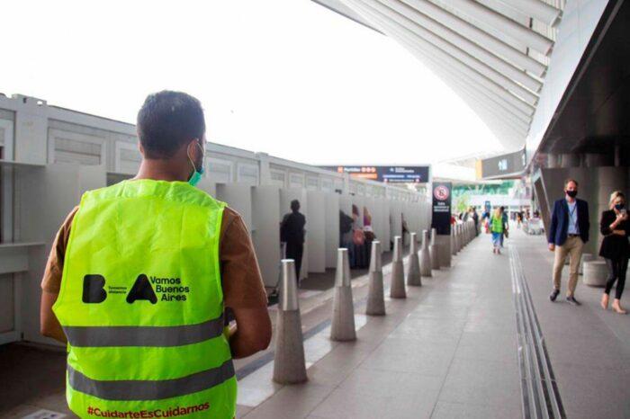 La Ciudad también quiere restringir vuelos a Brasil y Chile