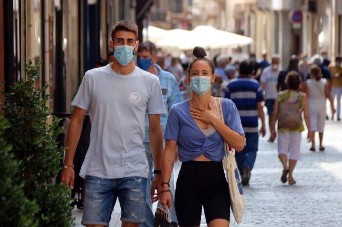 El 47% de los veinteañeros se declara afectado por la fatiga pandémica