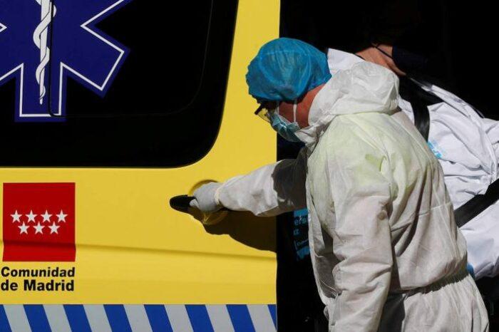 Sanidad notifica 6.037 nuevos casos y 254 muertes