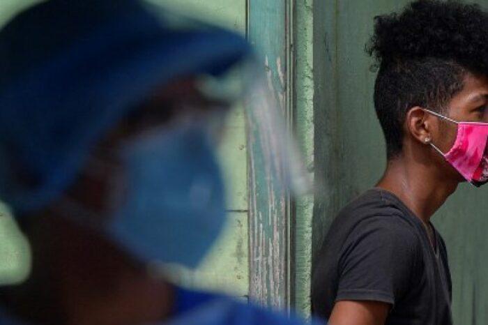 Nadie tiene ventajas frente al COVID: aumentan contagios y complicaciones en población joven