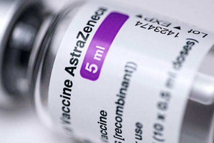 Llegan un millón de vacunas más a Colombia: 244.800 de AstraZeneca y 744.320 de Sinovac