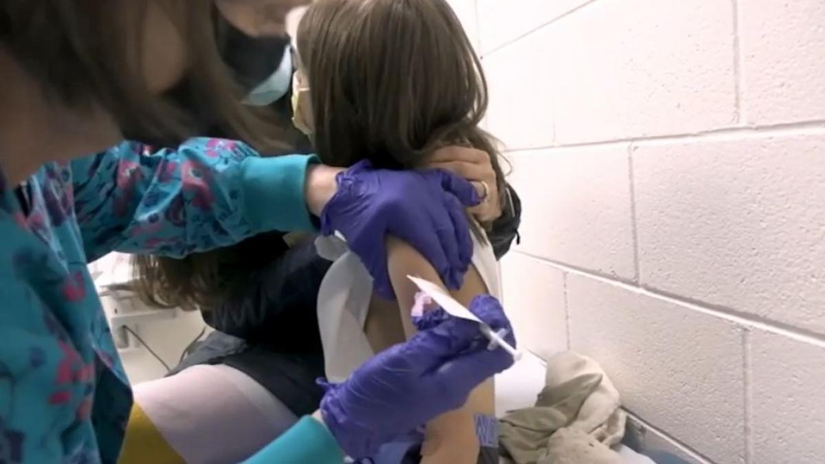 Seis farmacéuticas ya están probando la vacuna del coronavirus en niños