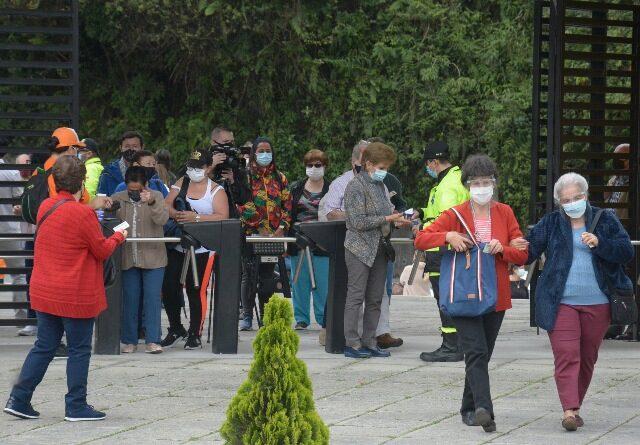 En Expoferias arrancaron con la Astrazeneca para personas de 70 a 79 años