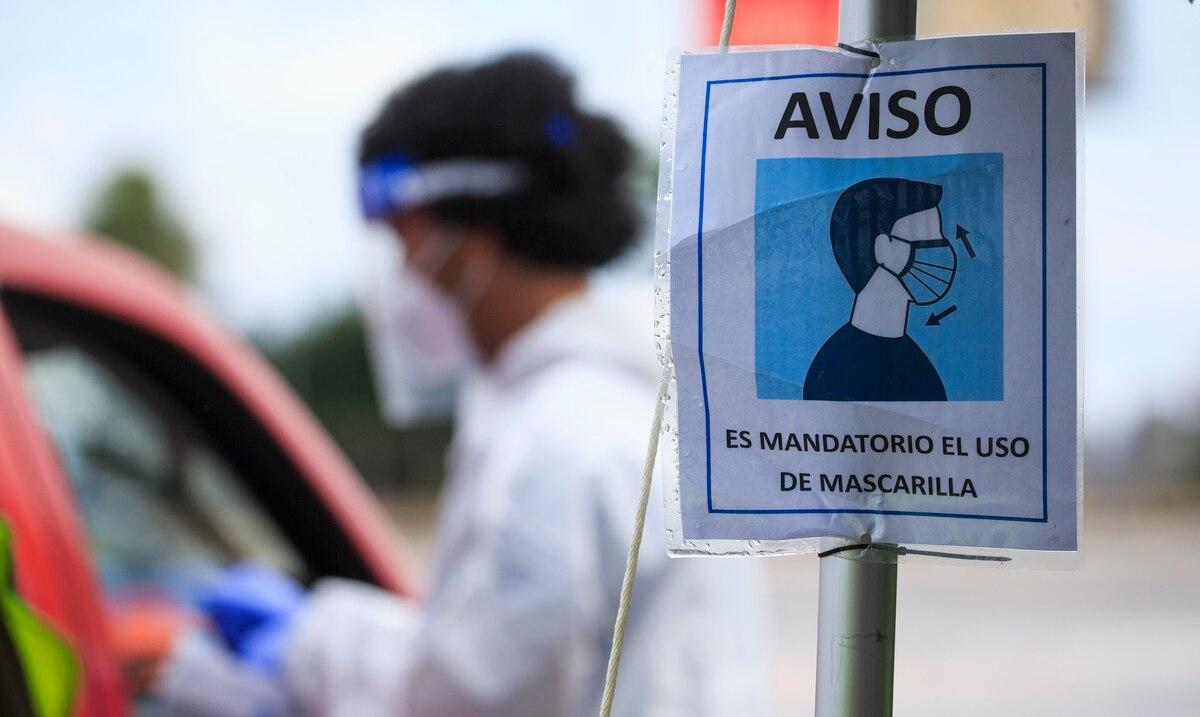 Salud reporta 672 contagios confirmados y 347 hospitalizaciones por COVID-19