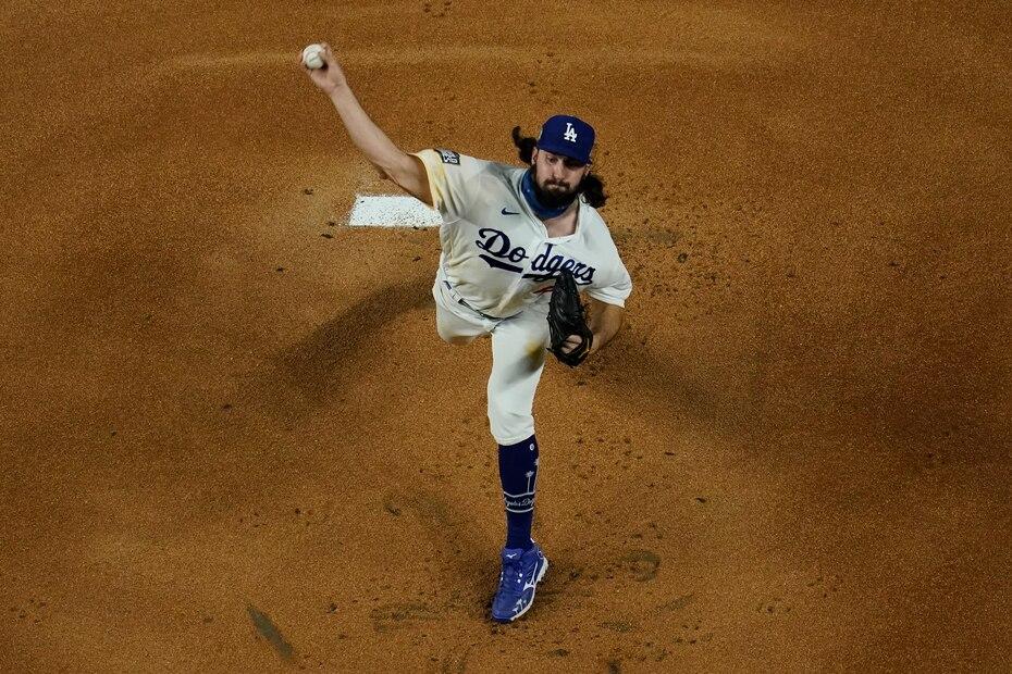 El derecho novato Tony Gonsolin tuvo su segunda apertura en el Clásico de Otoño por los Dodgers.