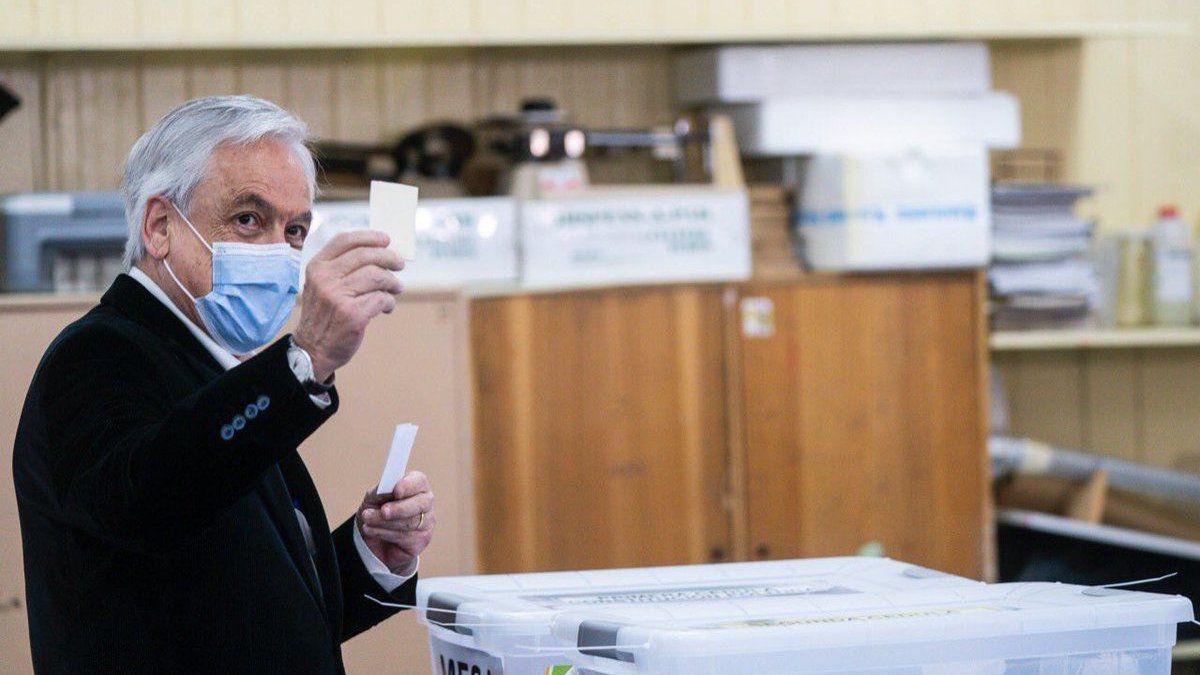 Chile: aplazaron las elecciones por el pico de coronavirus