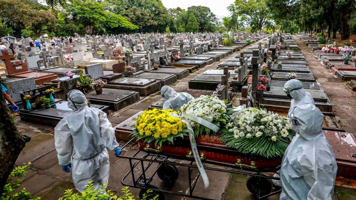 """Fuerte advertencia: """"En Brasil hay un genocidio en curso"""""""