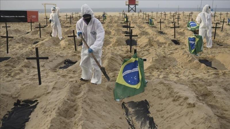 Brasil: hallan nueva cepa, pero Bolsonaro sigue en la suya