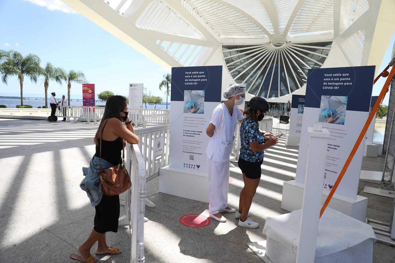 Río de Janeiro prorroga algunas restricciones en la fase más dura de la pandemia