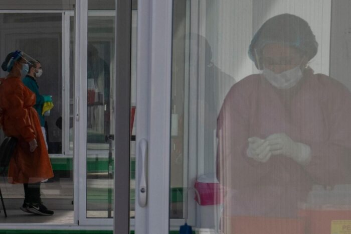 Uruguay registró un récord diario de muertes por coronavirus con hospitales saturados